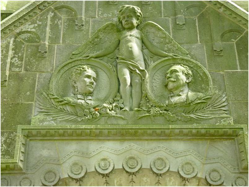 Akkrum-  Mausoleum Cooper
